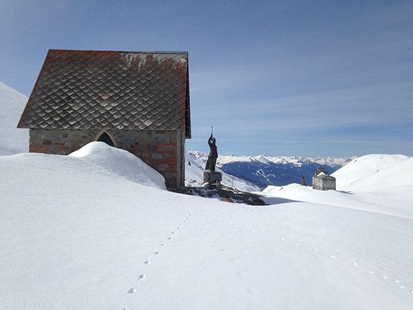 Col du Petit St Bernard sous la neige