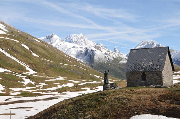 Vue sur le Mont Blanc à partir du Col du Petit Saint-Bernard