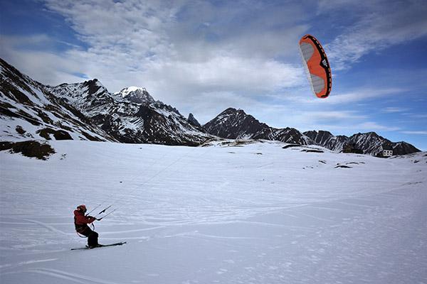 kite surf en hiver Station San Bernardo Col du Petit Saint Bernard