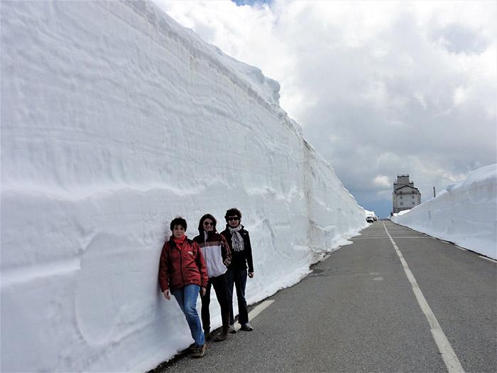 neige bord de route hospice saint bernard