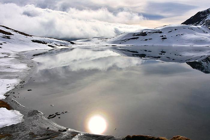 Escursione al colle del Piccolo San Bernardo - Il lac sans fond, lago senza fondo